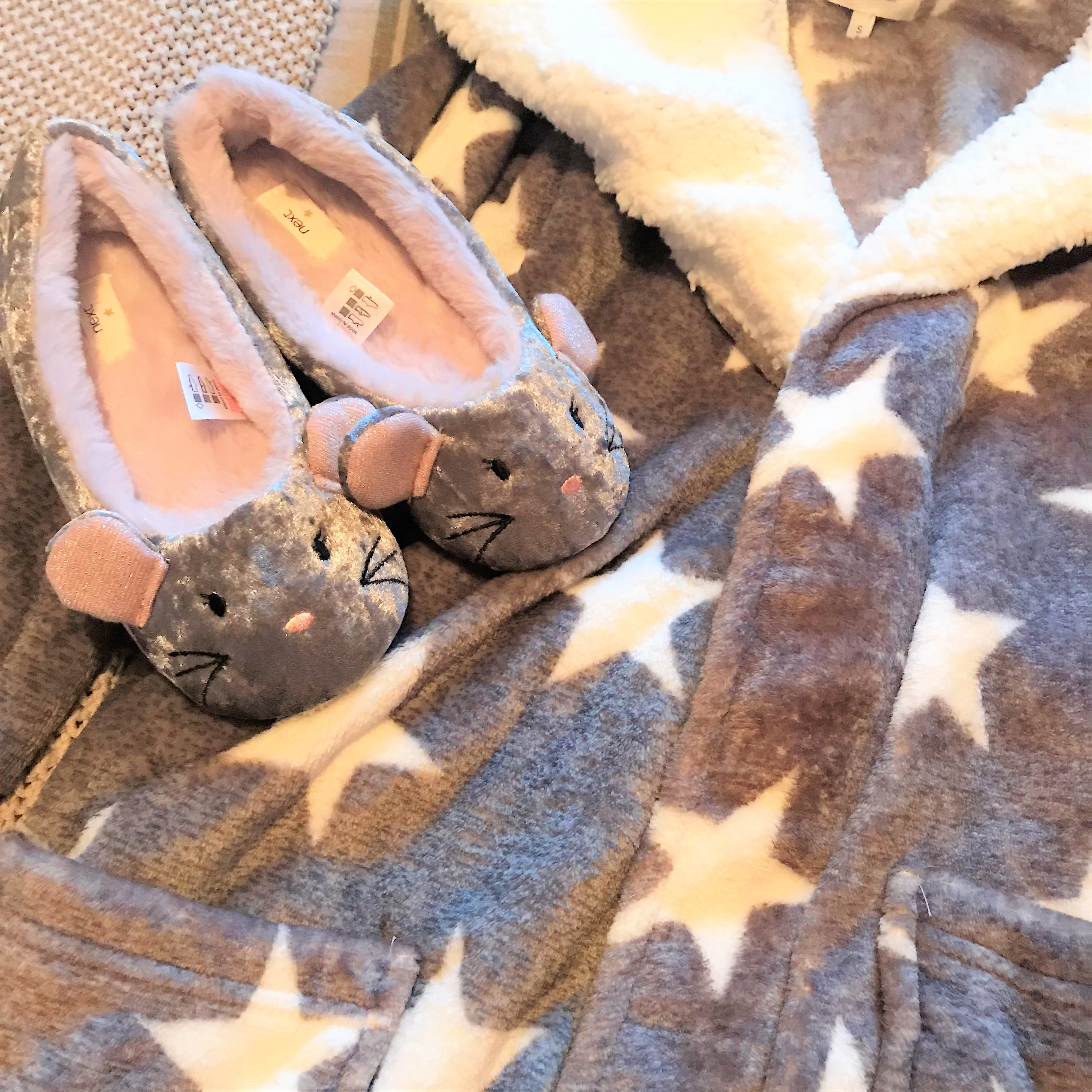 Shaz Saed -- Blonde Tea Party -- www.blonde-tea-party.com -- beauty and makeup tips -- next official -- star robe -- night wear -- dressing gown -- slippers --
